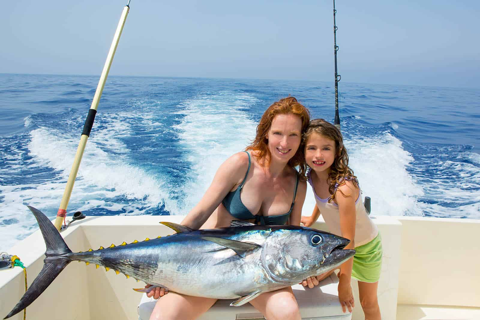 Family Fishing in Aruba
